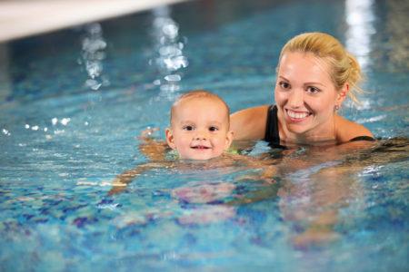 Kleinkindschwimmen (25-36 Monate) (6 Einheiten) (Mi 15 Uhr)
